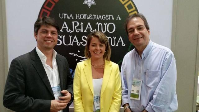Recife convention visitors bureau realiza ação na abav